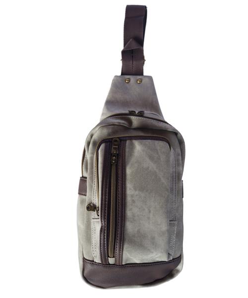 バッグ,ファッション,コーデ,コーディネート,プチプラ,プチプライス,ブランド,かわいい,カワイイ,可愛い,使いやすい,安い,ボディバッグ