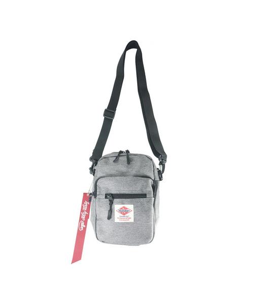バッグ,ファッション,コーデ,コーディネート,プチプラ,プチプライス,ブランド,使いやすい,安い,ショルダーバッグ,小さい